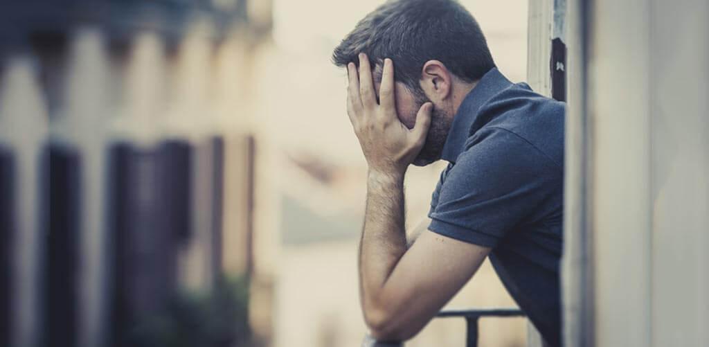 merevedési problémák 30 éves férfiaknál
