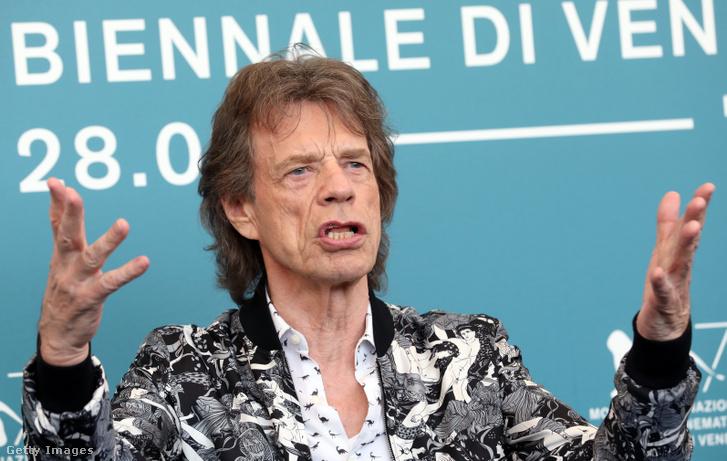 A Rolling Stones-turné ugrott, Keith Richards félpucéran iszogat Miamiban