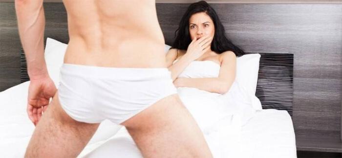 nő pénisz otthon