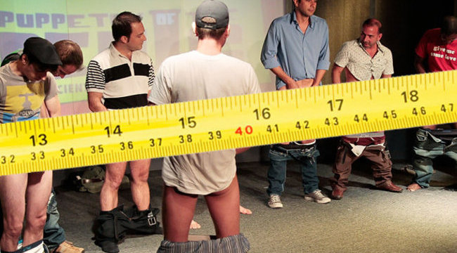 Grafikonon mutatják be, kinek van a legkisebb pénisze Hollywoodban