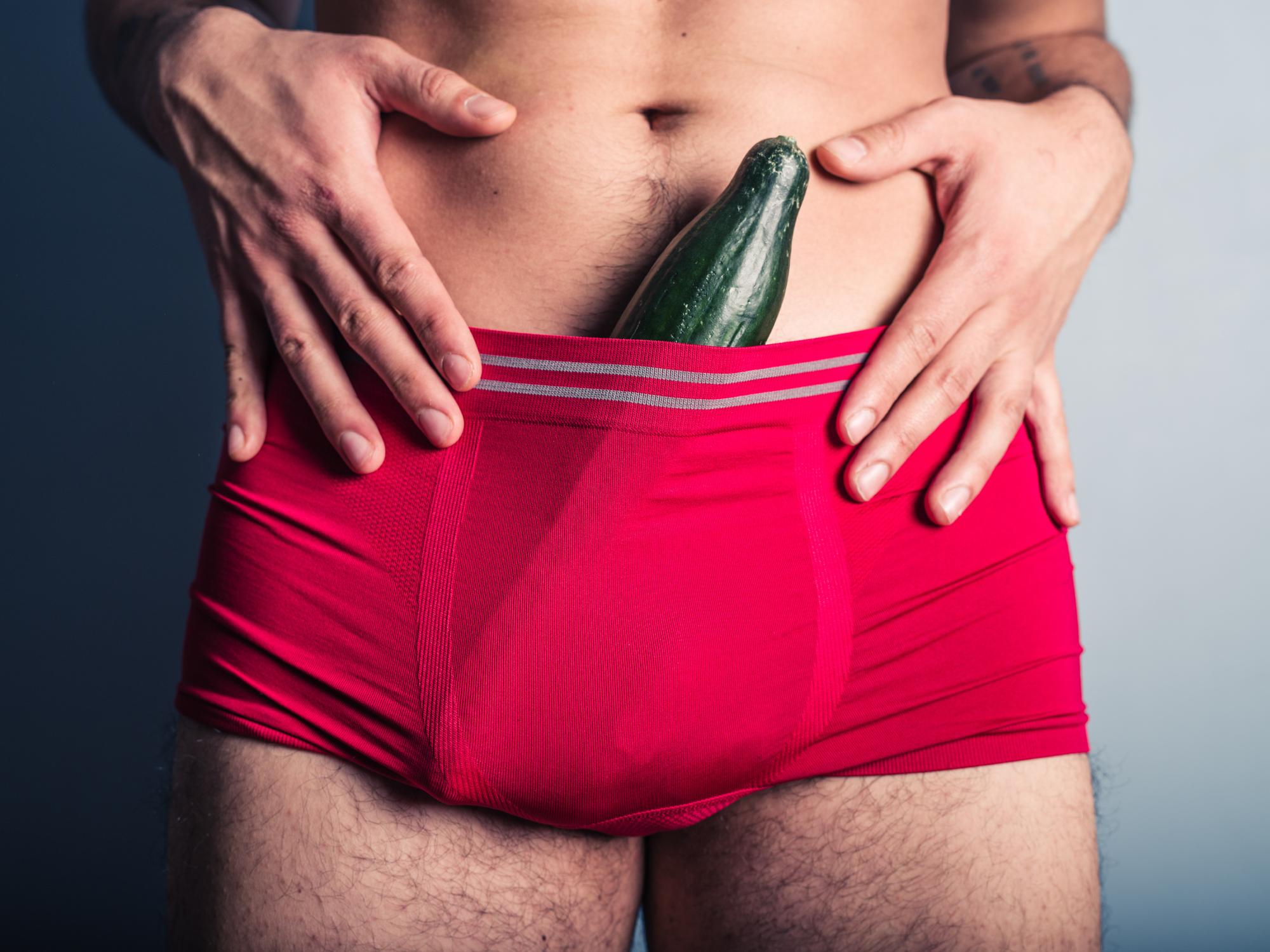 nincs matins erekció aki kinyújtotta a péniszét