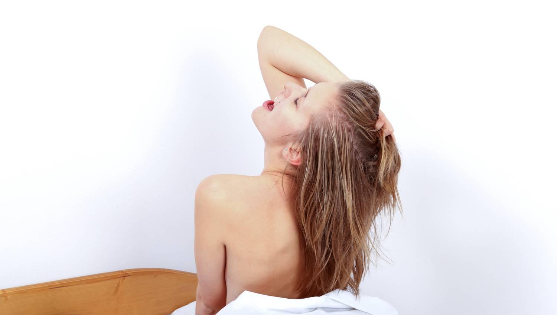 tesztoszteron reggeli erekció merevedési puha péniszfejjel