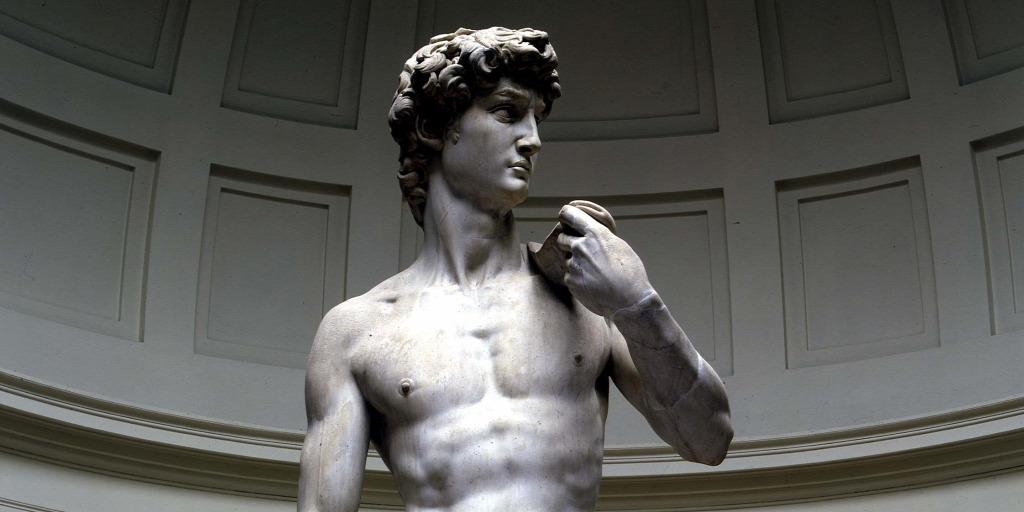 férfi pénisz a szobrászatban hatékony gyakorlat a pénisz megnagyobbodásához