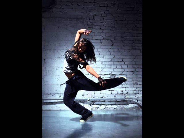 a táncosoknak merevedése van)